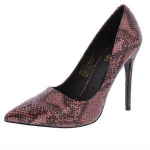 🎉HP🎉 Pink Snakeskin Pointed Toe Stiletto Heels